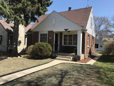 West Allis Single Family Home Active Contingent With Offer: 2210 S 107th St