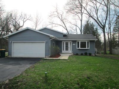 Genoa City Single Family Home For Sale: N1275 Cherry Dr