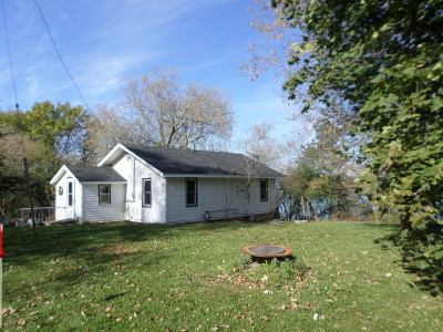 Elkhorn Single Family Home For Sale: W6562 Barkers Rd