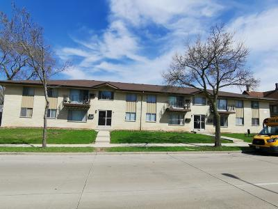 Milwaukee County Multi Family Home Active Contingent With Offer: 6320 N 91st St #6330
