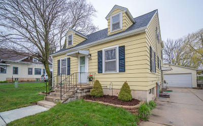 Belgium Single Family Home Active Contingent With Offer: 840 Main St
