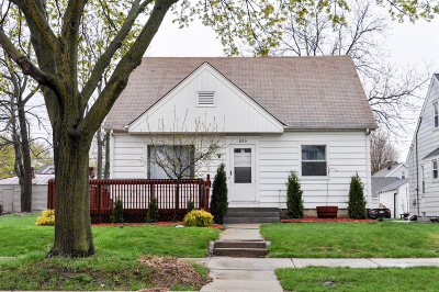 West Allis Single Family Home Active Contingent With Offer: 859 S 74th St