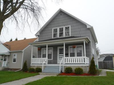 Sheboygan Single Family Home For Sale: 2222 N 18th St