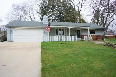 Ozaukee County Single Family Home Active Contingent With Offer: 1713 12th Ave