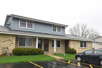 West Bend Condo/Townhouse Active Contingent With Offer: 1824 Miller St #D