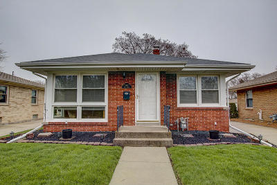 Racine Single Family Home Active Contingent With Offer: 3445 First Ave
