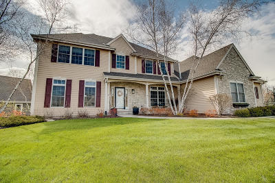 Cedarburg Single Family Home Active Contingent With Offer: W48n643 Cedar Reserve Cir