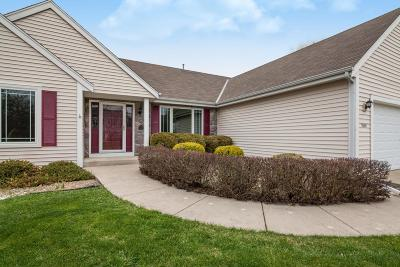 Oconomowoc Single Family Home Active Contingent With Offer: 1340 Orchard Cir