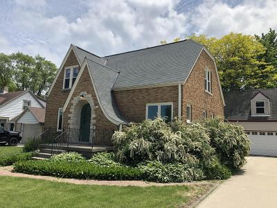 Belgium Single Family Home For Sale: 611 Main St