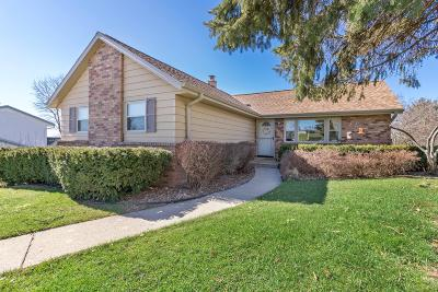Waukesha Single Family Home Active Contingent With Offer: 1803 Swartz Dr