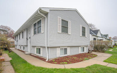 Milwaukee Condo/Townhouse For Sale: 2622 S Fulton St