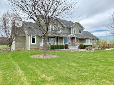 Kenosha Single Family Home For Sale: 11610 136th Ave
