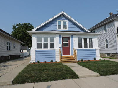 Racine Single Family Home Active Contingent With Offer: 1944 Jay Eye See Ave