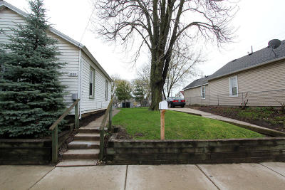 Racine Single Family Home Active Contingent With Offer: 1509 Dr Martin Luther King Dr