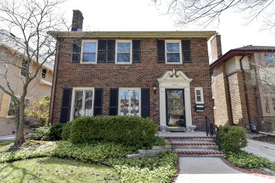 Shorewood Single Family Home Active Contingent With Offer: 4135 N Farwell Ave