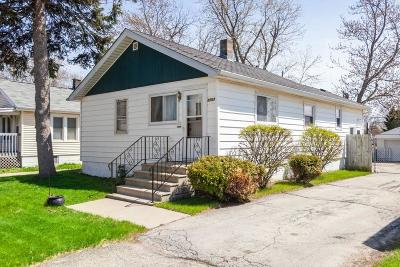Racine Single Family Home For Sale: 5703 16th St