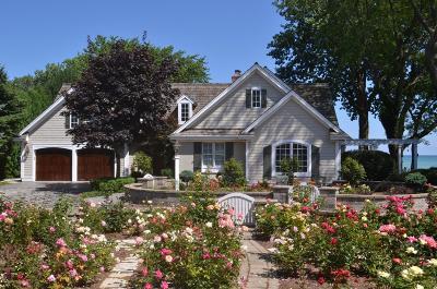 Racine County Single Family Home For Sale: 4025 Lighthouse Dr