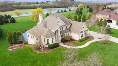 Waukesha County Single Family Home Active Contingent With Offer: N61w29031 Parkside Pl