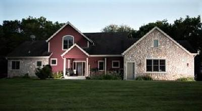 East Troy Single Family Home For Sale: W2648 Hwy 20