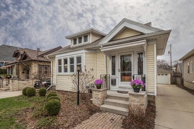 Wauwatosa Single Family Home Active Contingent With Offer: 2206 N 68th St