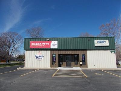Commercial For Sale: 1703 Marinette Ave