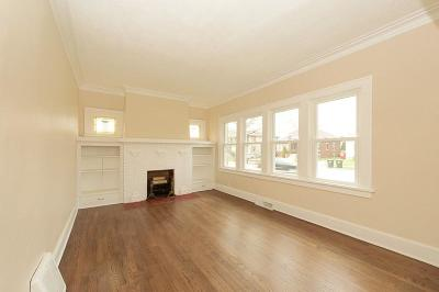 Racine Single Family Home For Sale: 2921 Douglas Ave