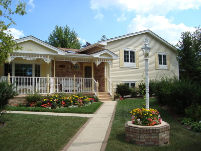 Germantown Single Family Home Active Contingent With Offer: W161n11110 Meadow Dr