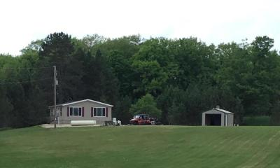Marinette County Single Family Home For Sale: W8032 Black Sam Rd
