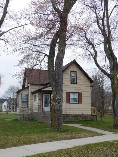 Marinette WI Single Family Home Pending: $92,000