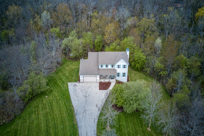 Germantown Single Family Home For Sale: W172n13307 Division Rd