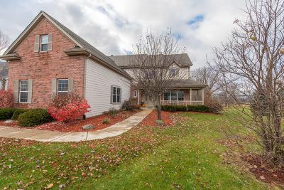 Muskego Single Family Home For Sale: S97w13548 Lloyd Mangrum Ct
