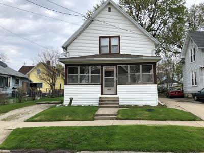 Waukesha County Two Family Home Active Contingent With Offer: 209 Waverly Pl