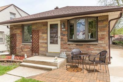 Single Family Home For Sale: 3440 S 2nd St