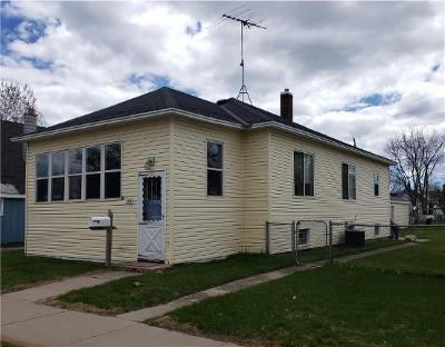 Marinette WI Single Family Home For Sale: $79,900