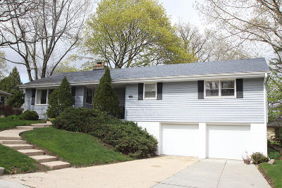 Greendale Single Family Home Active Contingent With Offer: 6710 Daffodil Ln