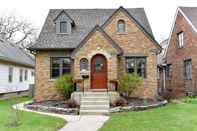 Wauwatosa Single Family Home Active Contingent With Offer: 2473 N 63rd St