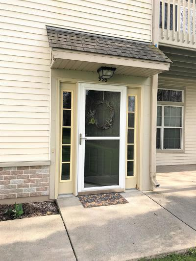 Racine Condo/Townhouse For Sale: 996 Bedford Ct. #202