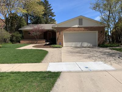 Kenosha Single Family Home Active Contingent With Offer: 7001 2nd Ave