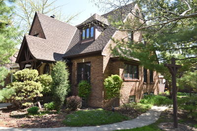 Milwaukee Single Family Home For Sale: 3472 S 12th St