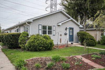 West Allis Single Family Home For Sale: 738 S 113th St