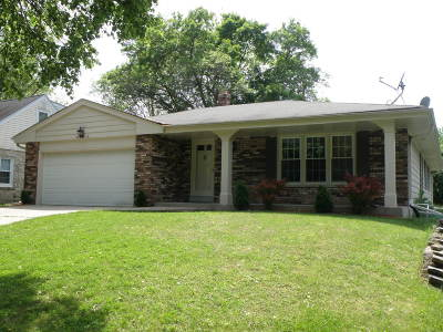 Wauwatosa Single Family Home For Sale: 2525 N 115th St