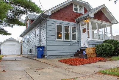 Racine Single Family Home Active Contingent With Offer: 1513 Augusta St