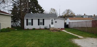 Racine Single Family Home For Sale: 2811 Douglas Ave