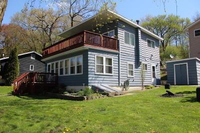 Delavan Single Family Home Active Contingent With Offer: N6510 Anderson Dr