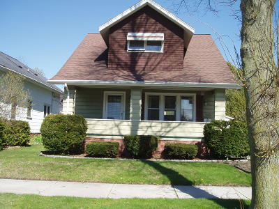 Sheboygan Single Family Home For Sale: 2323 N 9th St
