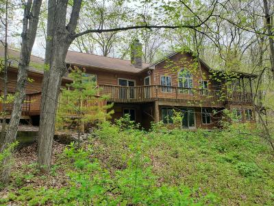 Belgium, Cedar Grove, Howards Grove, Kohler, Oostburg, Plymouth, Port Washington, Random Lake, Saukville, Sheboygan, Sheboygan Falls Single Family Home For Sale: N7203 County Road J
