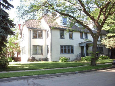 Milwaukee WI Two Family Home For Sale: $389,000