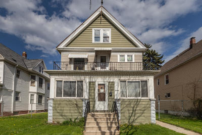 Milwaukee Multi Family Home Active Contingent With Offer: 2528 S 11th St