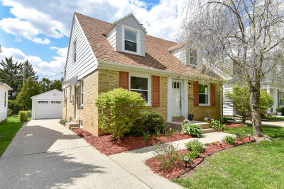 Wauwatosa Single Family Home For Sale: 2453 N 82nd St