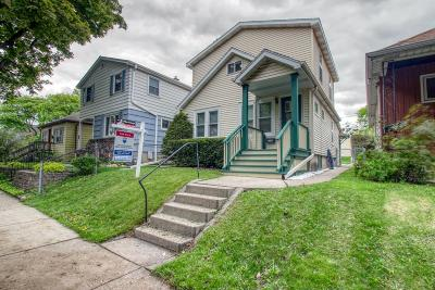 Milwaukee Single Family Home For Sale: 210 S 64th St